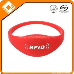 factory Price Ntag213 rfid silicon wristband