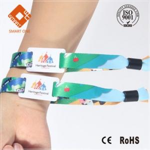 Customized Logo printing 125Khz programmable wristband Plastic Vinyl Id Wrist Band